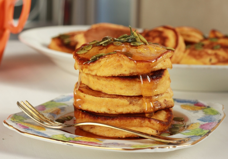 Gorgeous Pumpkin Pancakes with Rosemary Maple Syrup | TheSugarHit.com