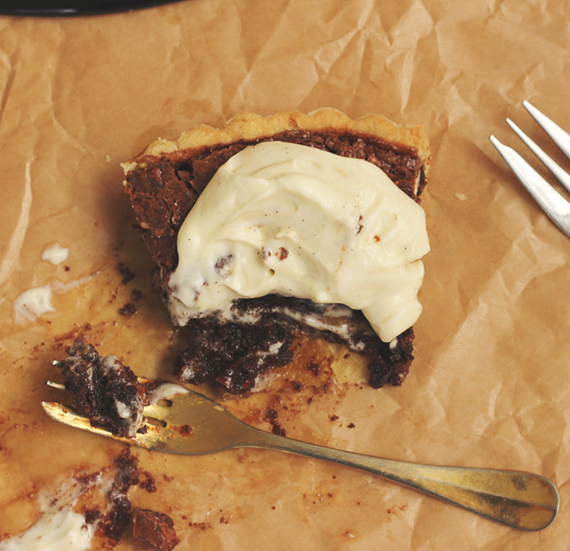Maple Chocolate Pecan Pie | The Sugar Hit