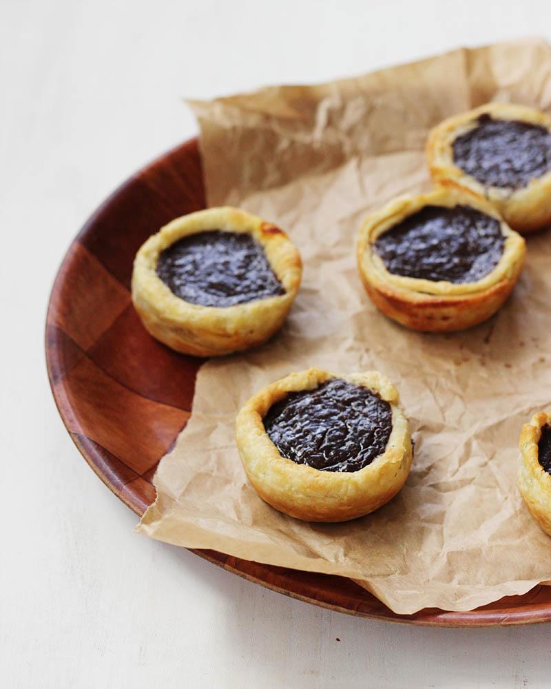 Chocolate, Cinnamon and Orange Pasteis De Nata | The Sugar Hit