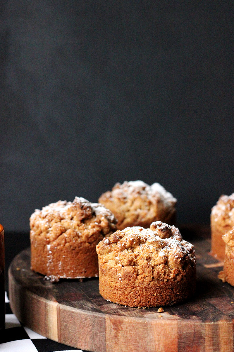 Cinnamon Crumb Coffee Cake | The Sugar Hit