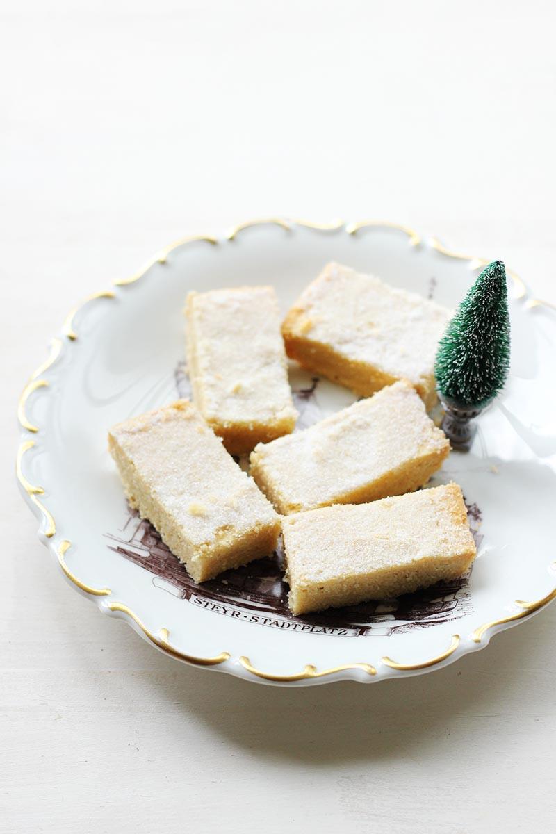 Maple Shortbread // The Sugar Hit