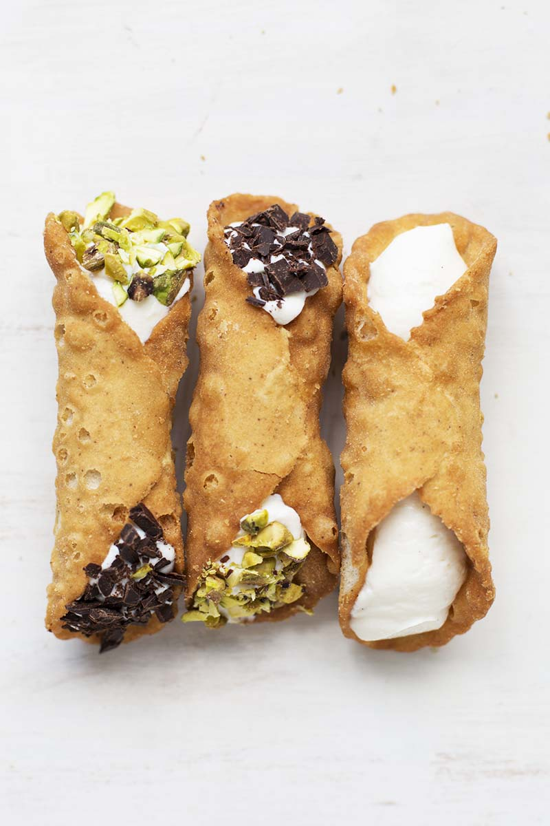 5 Minute Cheat's Ricotta Cannolis! // The Sugar Hit