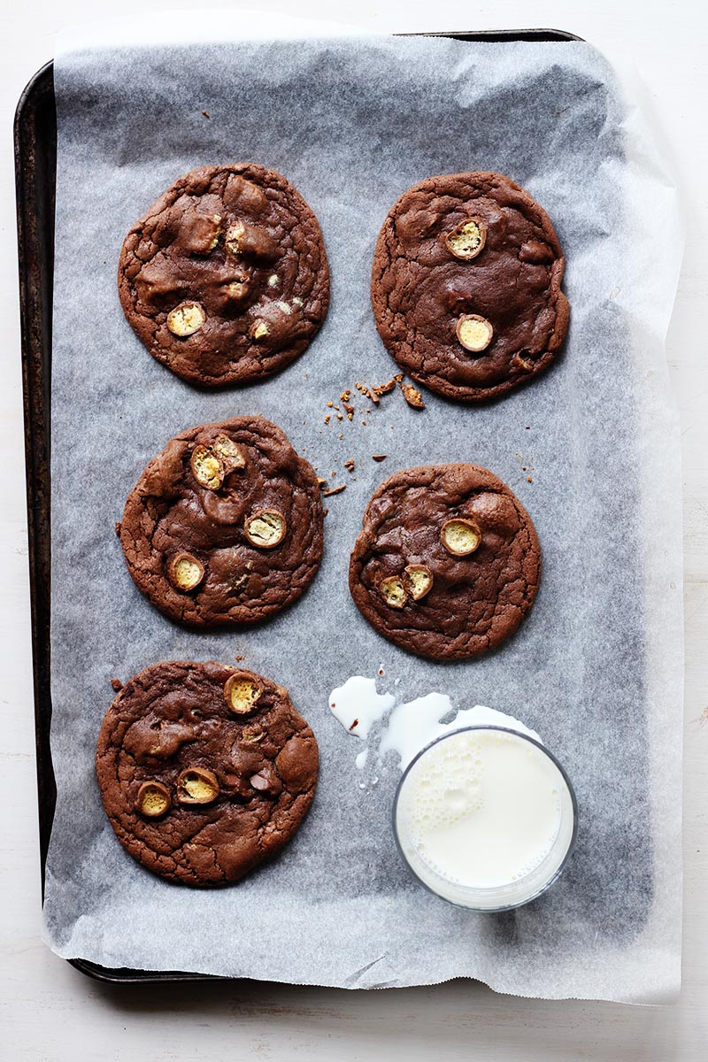 Brown Butter Chocolate Malted Cookies // The Sugar Hit