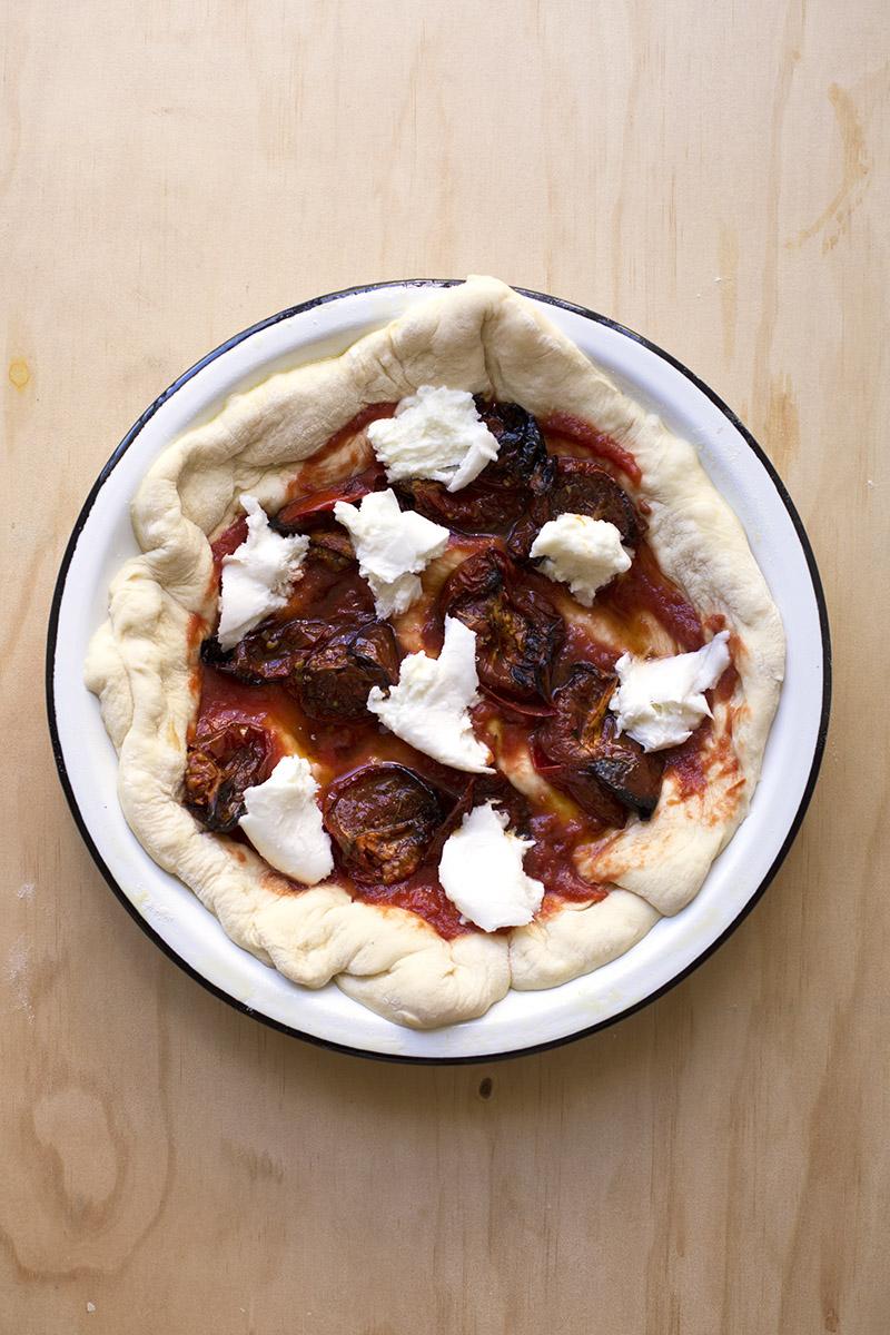 Chorizo & Burnt Tomato Pizza // The Sugar Hit
