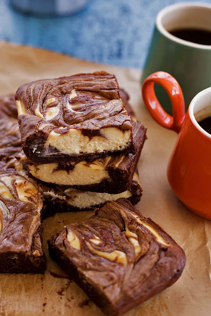 Hazelnut Praline Cheesecake Swirl Brownies // The Sugar Hit!
