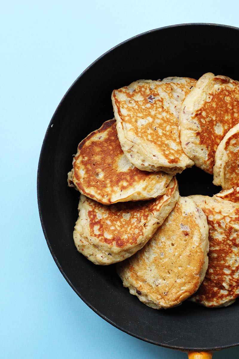 Hazelnut and Oat Pancakes // The Sugar Hit