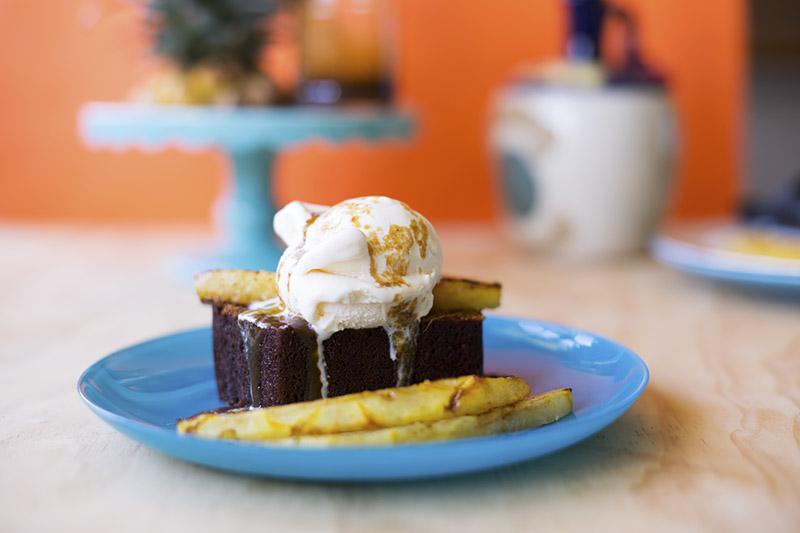 Jamaican Ginger Cake // The Sugar Hit