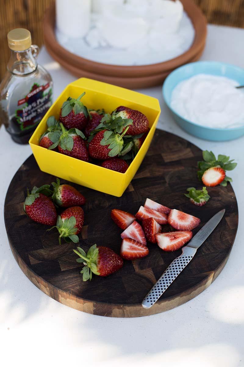 Marinated Strawberries, Crunchy Almonds, Pepitas + Yoghurt // The Sugar Hit