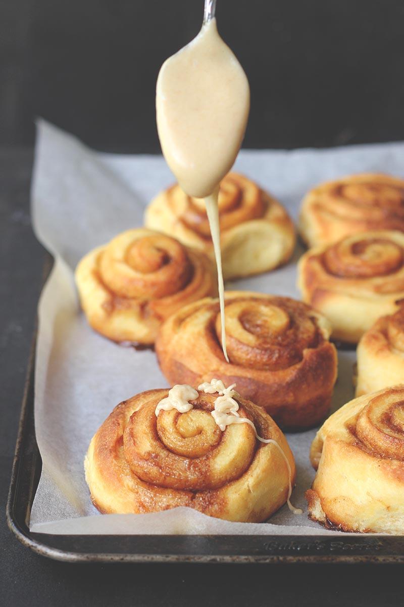rolls with brown sugar glaze pumpkin bread with brown sugar glaze