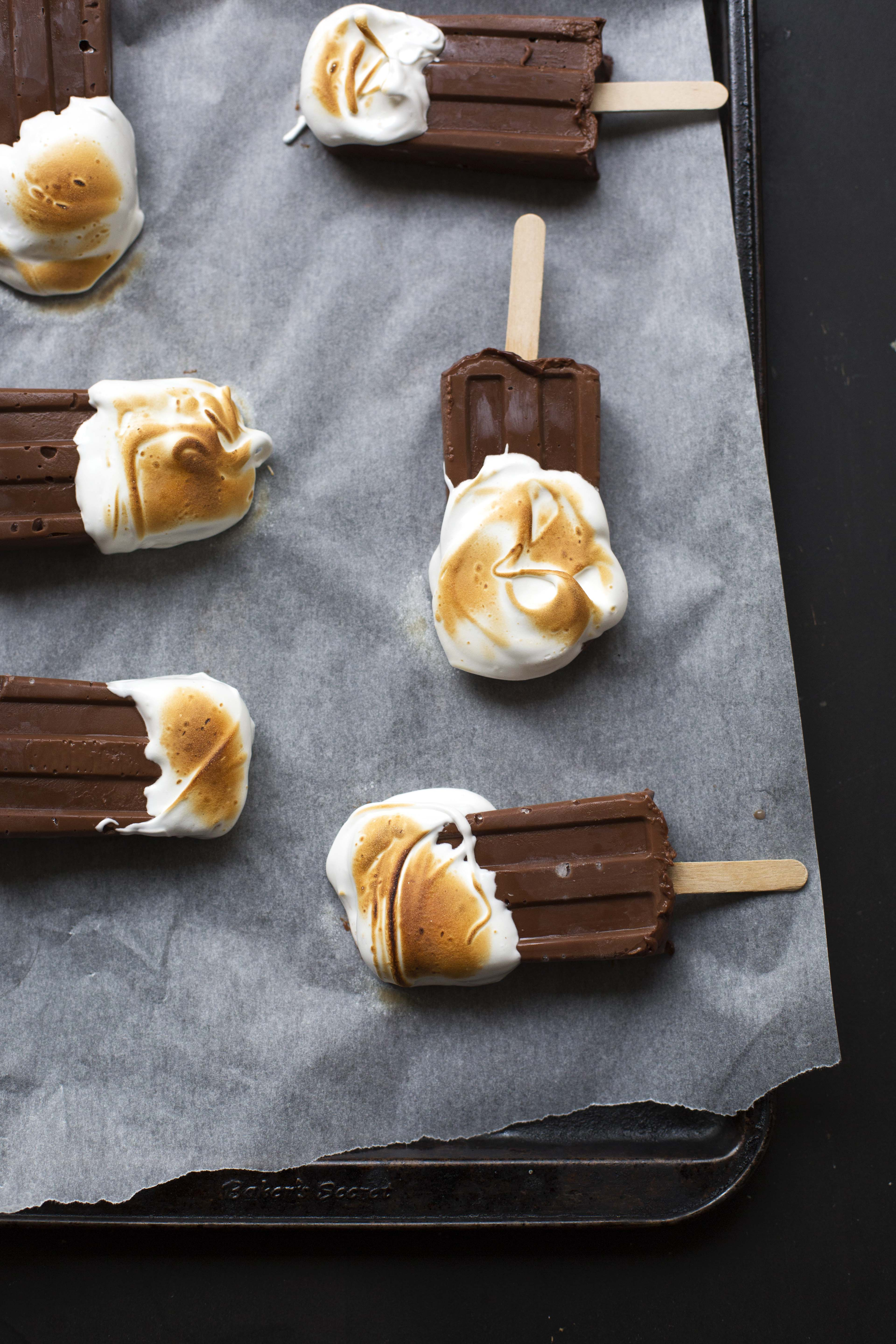 Wintermint Chocolate Torched Meringue Popsicles // The Sugar Hit