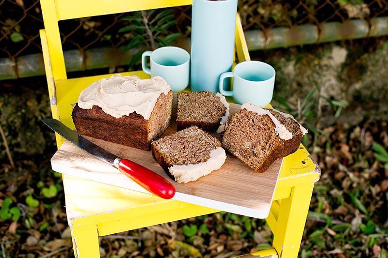 Apple Brown Butter & Vanilla Loaf Cake // The Sugar Hit